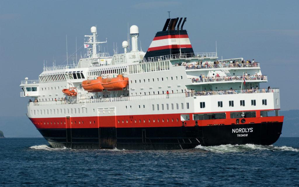 "Hurtigruten ""Nordlys"""